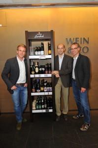 Seppi Sigl (TRUMER Privatbrauerei), Martin Feichtner (Einkauf WEIN & CO), Axel Kiesbye (Braumeister TRUMER Privatbrauerei)